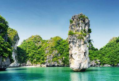 Halong Bay Islet