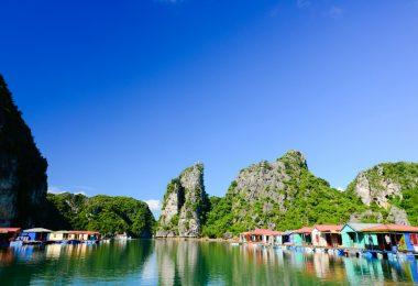 Bai Tu Long Bay - Vung Vieng