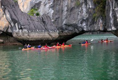 Unicharm Cruise Kayaking