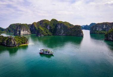 Venezia Cruise Lan Ha Bay